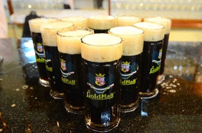 Bia đen Đức - Nơi thể hiện sức mạnh của đàn ông