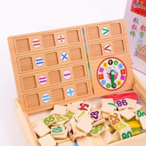 Bảng gỗ 2 mặt đa năng dạy bé học toán là sản phẩm đồ chơi trí tuệ