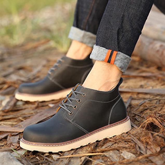 Những đôi giày đế cao là sự lựa chọn tinh tế cho người có vóc dáng thấp bé
