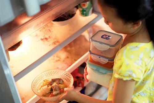 Cách sử dụng tủ lạnh đúng cách giúp tiết kiệm điện năng