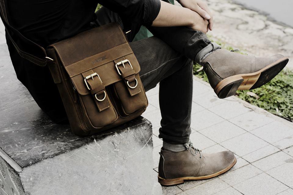 Túi đeo chéo phù hợp giúp phái mạnh thể hiện cá tính và phong cách
