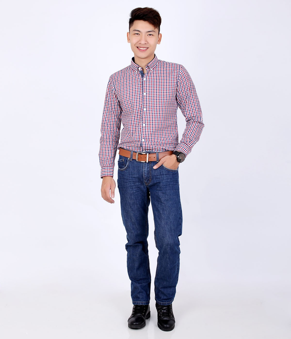 Kết hợp áo sơ mi nam với quần jean kiểu sơ vin