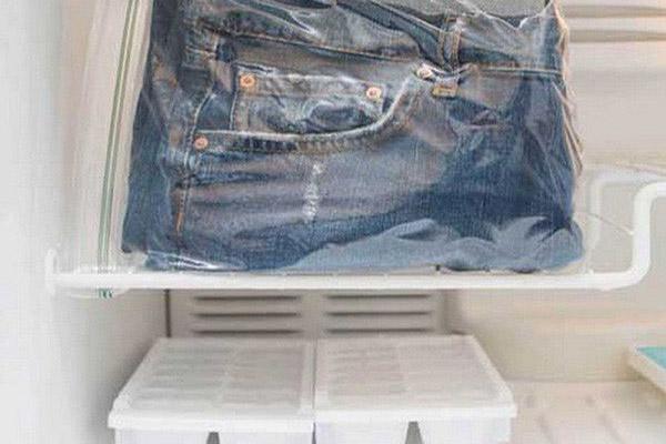 Làm thế nào để giữ màu quần bò đẹp như lúc mới mua?