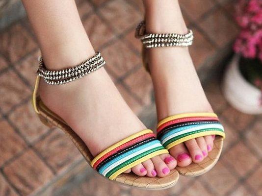 Bí quyết chọn sandal chuẩn đẹp
