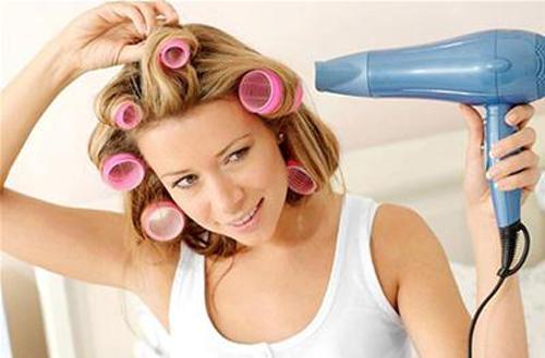 Những điều cần tránh khi sử dụng máy sấy tóc