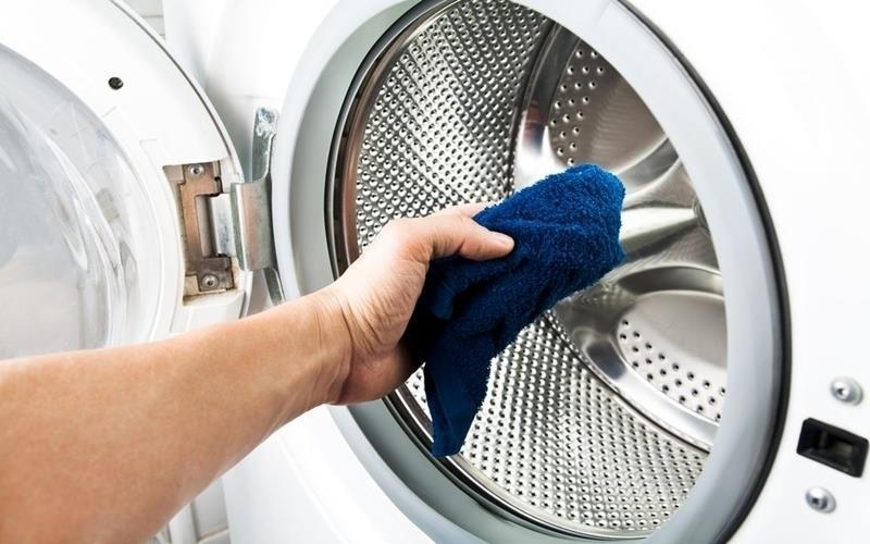 Vệ sinh máy giặt thường xuyên để tăng tuổi thọ