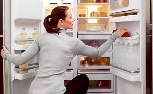 Các bước vệ sinh tủ lạnh Sharp